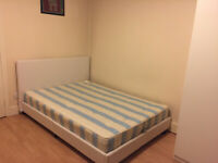 035W-HAMMERSMITH- MODERN DOUBLE STUDIO FLAT, KITCHEN, FURNISHED, BILLS INCLUDED - £260 WEEK