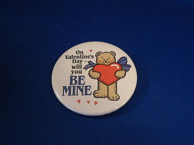 Valentines Day    Be Mine Button Pin Teddy Bear Pinback 2 1 4  Badge Heart Big