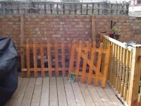 Wooden Grange Palisase tulip top fence panel, matching gate, 2 fencing posts and gate latch