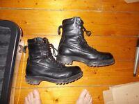 Mens Combat Lowa boots - winter goretex version