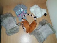 Set of Ladies' Fingerless Gloves (4) and ear muffs (new)