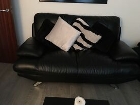 Black Leather 2 Seater & 3 Seater Sofa (Cushions Not Included)