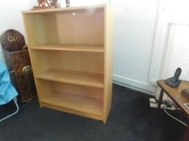 BOOK CASE AS NEW LIGHT OAK EFFECT CAN DELIVER