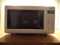 COMBINATION MICROWAVE – PANASONIC – NN CT552W - £40