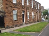 Large refurbished 2 bedroom flat in Kilmarnock Town Centre
