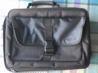 Targus City Gear Laptop Bag (topload case) 15 to 17.3 inches - Black