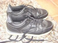 Kappa Ladies Black with white trim UK size 5 Trainers.