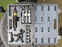 Hydraulic puller kit - used but good condition
