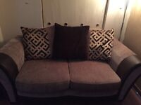 Suite, 4 seater + 2 seater, immaculate condition
