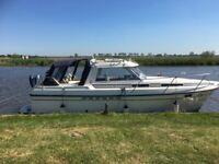 boat 6 berth cruiser