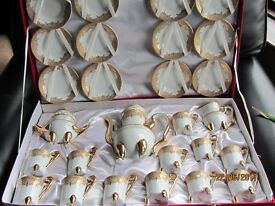 27 Piece Imperial China Tea Set with Beautiful Gold Design