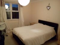 En-Suite Double Room - Windmill Hill - Townhouse Houseshare