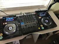 Pioneer CDJ 2000 Nexus NXS Pair + DJM 900 NEXUS + Deck Savers - BOXED MINT