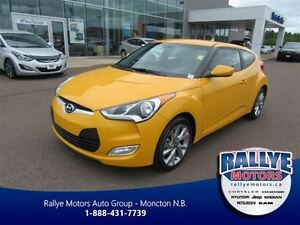 2016 Hyundai Veloster Base, Touch Screen, Rare Color, Fun for Su