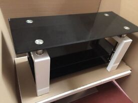 Metro Glass TV Stand in Black and white