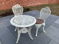 Gorgeous bistro table and chairs