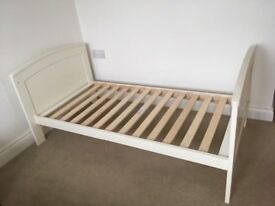 Mamas & Papas Hayworth Cot Bed in White/Ivory