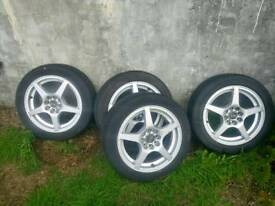 15' Alloy wheels