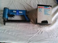 Pneumatic Industrial stapler very good condition with box of staples