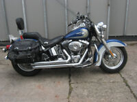 Harley Davidson Heritage Classic in met Blue and Silver (2010)