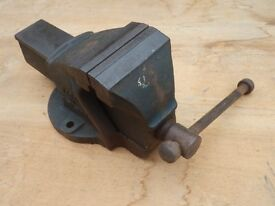 Record No 2 engineers vice in excellent condition. Very little used with perfect jaws and no wear.