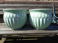 2 Green Indoor Plant Pots