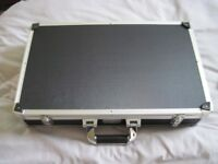 KINSMAN ULTRA PEDAL BOARD/CASE