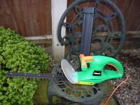 Electric Powerbase 400W Hedge Trimmer