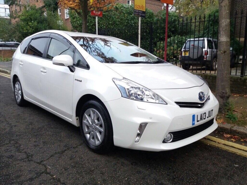 must go quick sale toyota prius plus hybrid 7 seater. Black Bedroom Furniture Sets. Home Design Ideas