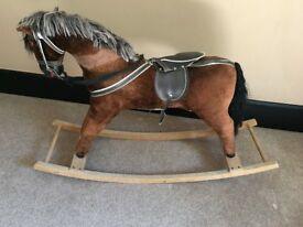 VINTAGE ROCKING HORSE IN VERY GOOD CONDITION BARGAIN