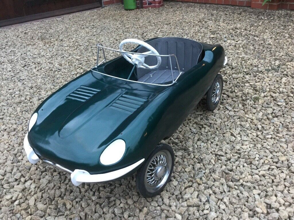 Triang E Type Jaguar Pedal Car Tri Ang Lines Bros Brothers Tin Plate Xke