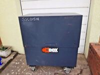 LARGE SITE SAFE / TOOL VAULT/ METAL STRONG BOX/ OX BOX