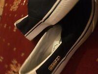 Adidas trainers Uk size : 7