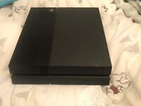 PlayStation 4 500GB Pad included
