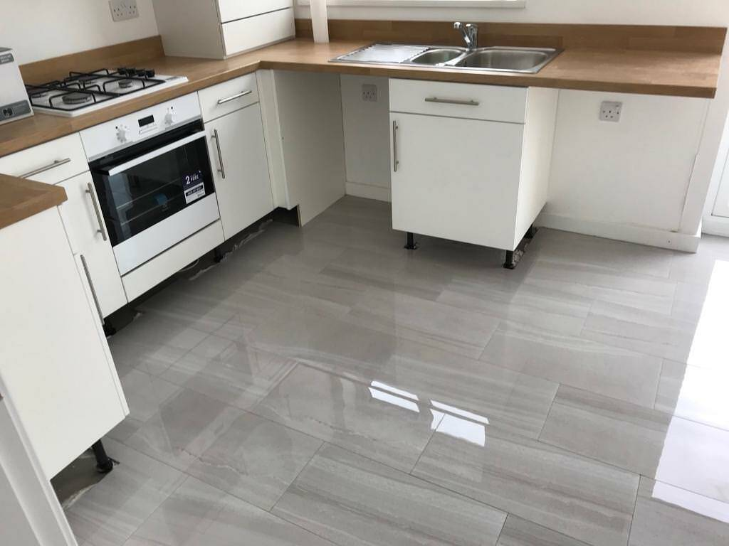 1 2metres Sq English Stone Greyish White Floor Tiles In