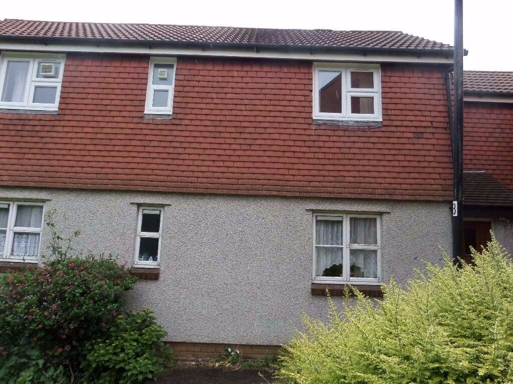 FURNISHED MAISONETTE IN BECKTON E6 , MUST SEE