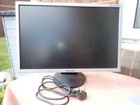 "Samsung SyncMaster 22"" monitor"
