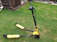 Black/yellow 3 Wheel Scissor Scooter