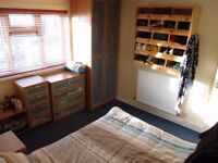 Furnished Large 1 bed Flat with Communal Garden, North Chingford E4 Spacious One Bedroom Apartment