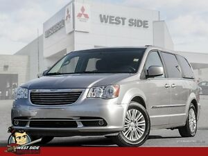 2015 Chrysler Town and Country Touring–Accident Free–$91/WEEK