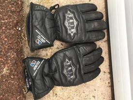 AKITO RAINMASTER GLOVES SIZE 9