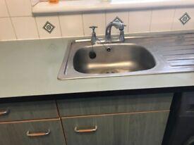 Kitchen sink with unit.