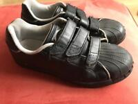 Slazenger boys trainers Size UK 3