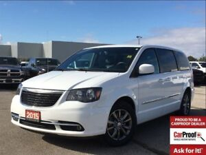 2015 Chrysler Town & Country S**DUAL DVD**NAVIGATION**BLIND SPOT