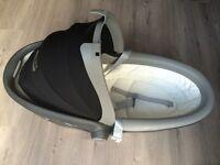 Britax Römer Baby Safe Sleeper (0-10kg) £70 only!