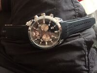 Armani watch needs new batterie( not free)