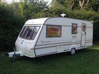 1998. 'Bailey rugby caravan 4 berth