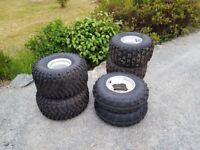 Raptor alloys and tyres full set of Maxxis mx and another odd pr