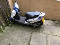 50cc scooters x2