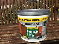 Ronseal One Coat Fence Life 9L plus 33% free Red Cedar